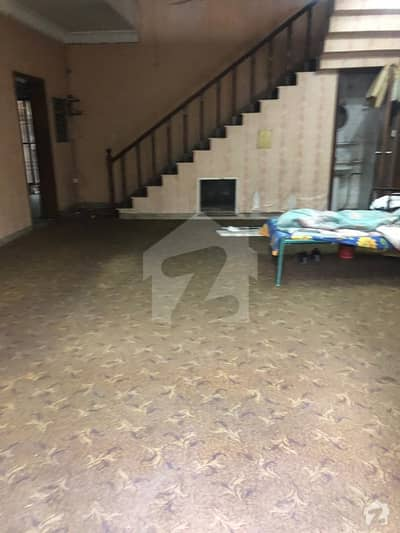 13 Marla House For Commercial Use In Gulberg Prime Location