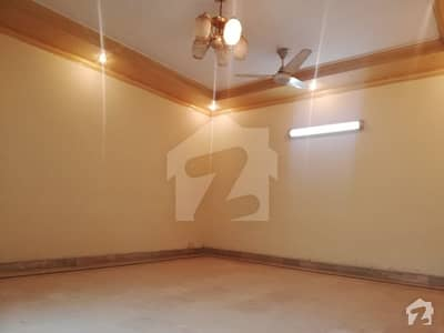 10Marla Luxury Stunning Upper Portion For Rent In DHA Phase 4 Near Park Mosque Market