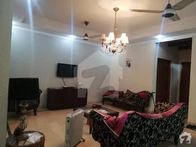 10Marla Luxury Stunning Lower Portion For Rent In DHA Phase 4 Near Park Mosque Market