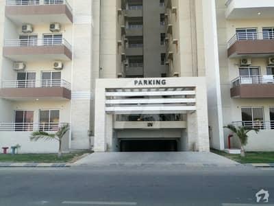 نیوی ہاؤسنگ سکیم کارساز کراچی میں 5 کمروں کا 16 مرلہ فلیٹ 8 کروڑ میں برائے فروخت۔