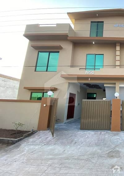 Brand New Double Storey 4 Bed House For Rent