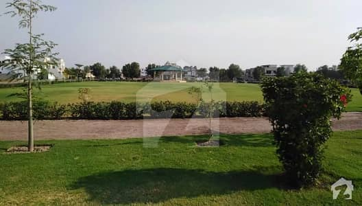 Hot Deal 1 Kanal Low Budget Plot Excellent Location For Sale