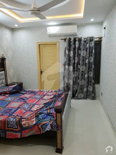 گلبرگ ریزیڈنشیا گلبرگ اسلام آباد میں 1 کمرے کا 2 مرلہ فلیٹ 45 لاکھ میں برائے فروخت۔