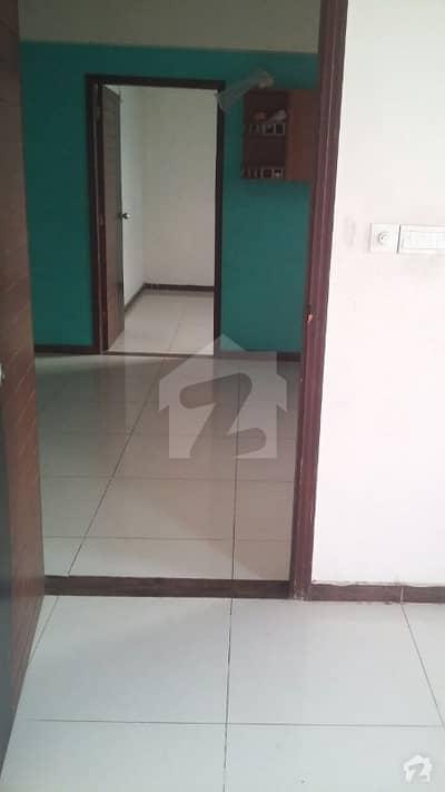 1st Floor 3 bed Ittehad Commercial