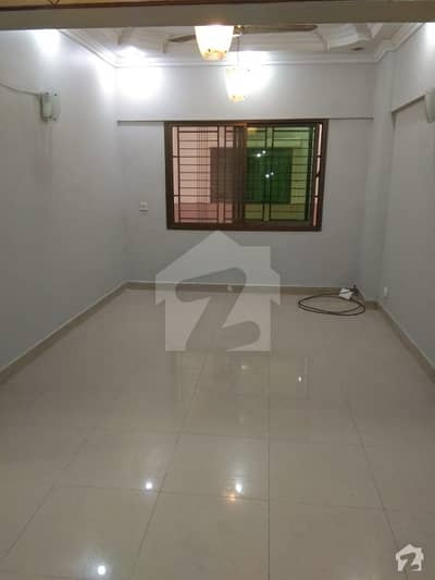 Three bed dd apartment with lift and Car parking 1st floor in civil lines