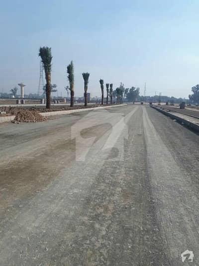 ای ۔ 11/2 ای ۔ 11 اسلام آباد میں 1.07 کنال رہائشی پلاٹ 3.5 کروڑ میں برائے فروخت۔
