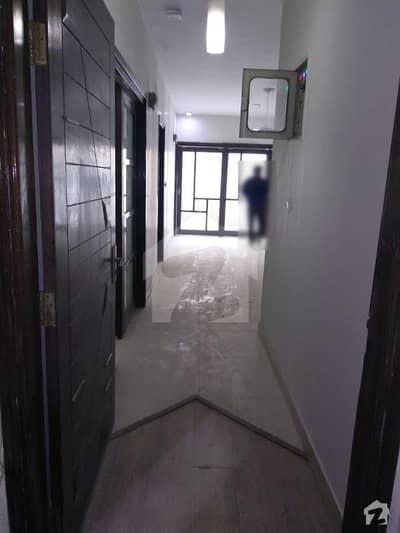 جمشید روڈ کراچی میں 3 کمروں کا 9 مرلہ فلیٹ 65 ہزار میں کرایہ پر دستیاب ہے۔