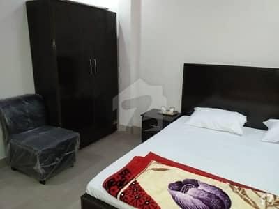 ادرز صادق آباد میں 1 مرلہ کمرہ 3 ہزار میں کرایہ پر دستیاب ہے۔