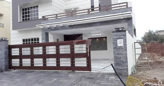 Beautifully Designed And Constructed Double Unit House In Heart Of Dha