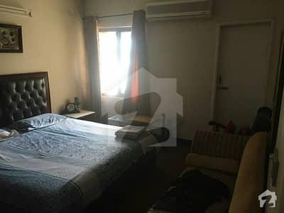 جی ۔ 11 اسلام آباد میں 2 کمروں کا 5 مرلہ فلیٹ 1.1 کروڑ میں برائے فروخت۔