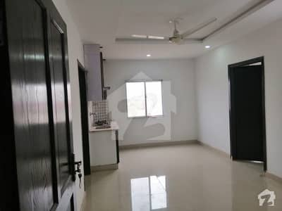 گلبرگ بزنس سنٹر گلبرگ گرینز گلبرگ اسلام آباد میں 2 کمروں کا 3 مرلہ فلیٹ 60 لاکھ میں برائے فروخت۔