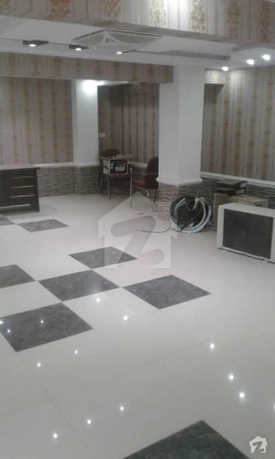 ڈی ایچ اے فیز 5 ڈی ایچ اے کراچی میں 1 کمرے کا 7 مرلہ گودام 75 لاکھ میں برائے فروخت۔