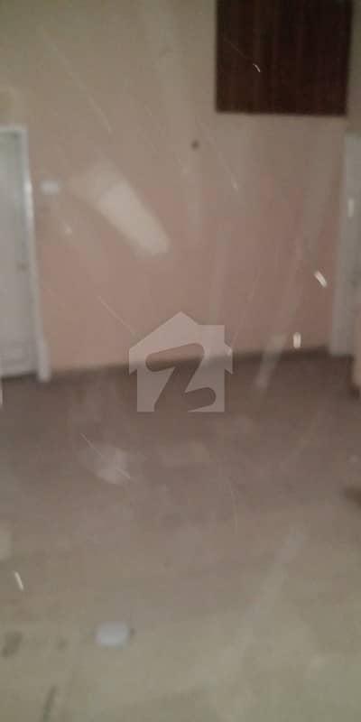 نارتھ ناظم آباد ۔ بلاک این نارتھ ناظم آباد کراچی میں 3 کمروں کا 10 مرلہ مکان 2.6 کروڑ میں برائے فروخت۔