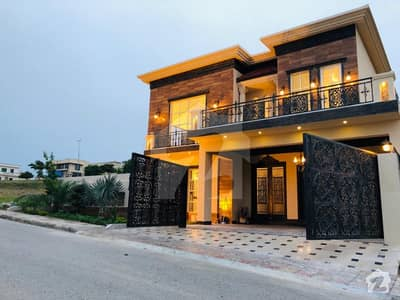 Luxurious house 5090 is waiting for luxurys life style people