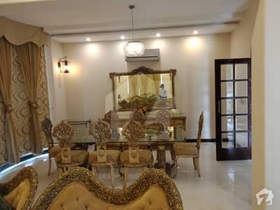 ڈی ایچ اے فیز 5 - بلاک جی فیز 5 ڈیفنس (ڈی ایچ اے) لاہور میں 5 کمروں کا 1 کنال مکان 2.25 لاکھ میں کرایہ پر دستیاب ہے۔