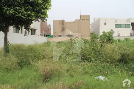 ڈی ایچ اے فیز 6 ڈیفنس (ڈی ایچ اے) لاہور میں 1 کنال رہائشی پلاٹ 2.94 کروڑ میں برائے فروخت۔