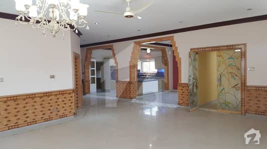 550 Sq Yd  Fresh Bungalow For Sale In Dohs Servey 144 Quetta