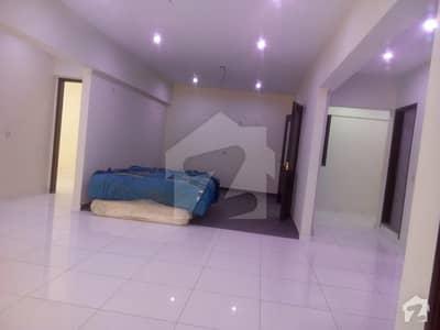 باتھ آئی لینڈ کراچی میں 4 کمروں کا 12 مرلہ فلیٹ 1.3 لاکھ میں کرایہ پر دستیاب ہے۔