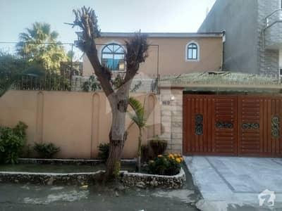 جی ۔ 8/1 جی ۔ 8 اسلام آباد میں 4 کمروں کا 8 مرلہ مکان 3.25 کروڑ میں برائے فروخت۔