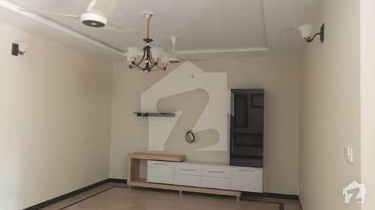 جی ۔ 10 اسلام آباد میں 7 کمروں کا 16 مرلہ مکان 6.25 کروڑ میں برائے فروخت۔