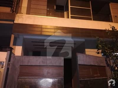 ڈی ایچ اے فیز 5 - بلاک ڈی فیز 5 ڈیفنس (ڈی ایچ اے) لاہور میں 3 کمروں کا 5 مرلہ مکان 57 ہزار میں کرایہ پر دستیاب ہے۔
