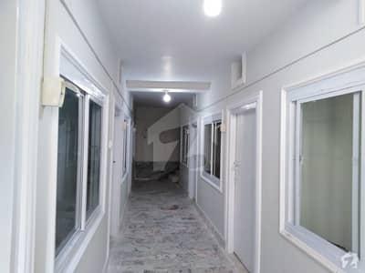گلبرگ پشاور میں 1 کمرے کا 1 مرلہ کمرہ 7 ہزار میں کرایہ پر دستیاب ہے۔