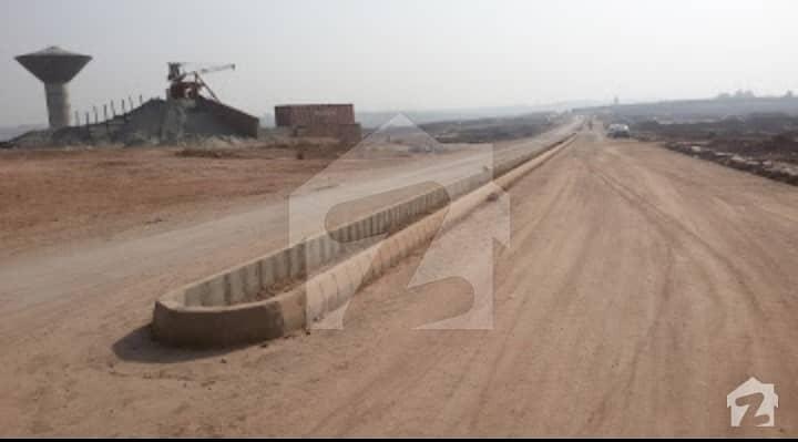 I-12/1 70 Feet Road Corner 30x60 Level Plot