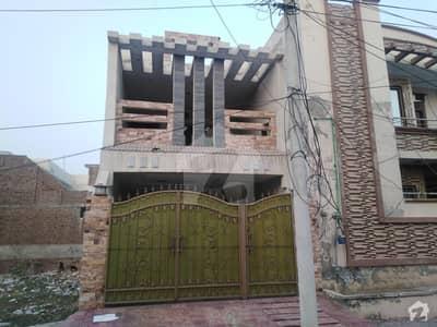 خیابان صادق سرگودھا میں 5 مرلہ مکان 1 کروڑ میں برائے فروخت۔