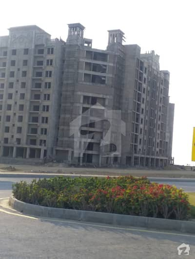 Bahria Hights luxury 2 bed flat prime location for sale in bahria town karachi