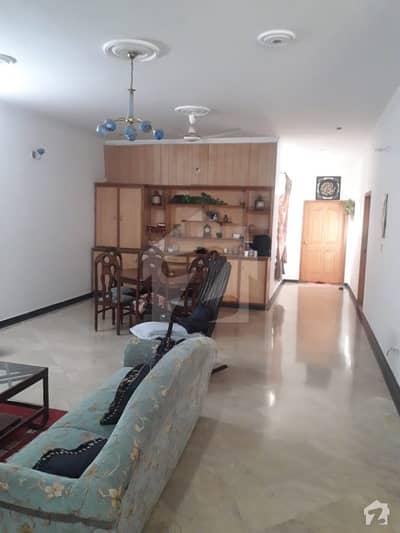 والٹن روڈ لاہور میں 11 مرلہ مکان 1.8 کروڑ میں برائے فروخت۔