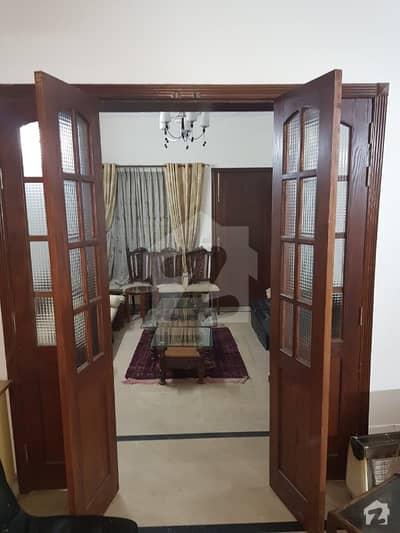 جی ۔ 14/4 جی ۔ 14 اسلام آباد میں 5 کمروں کا 8 مرلہ مکان 2.1 کروڑ میں برائے فروخت۔