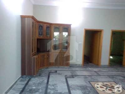 پی ڈبلیو ڈی ہاؤسنگ سکیم اسلام آباد میں 6 کمروں کا 12 مرلہ مکان 60 ہزار میں کرایہ پر دستیاب ہے۔