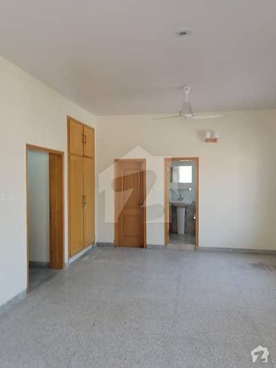 جی ۔ 6/1 جی ۔ 6 اسلام آباد میں 3 کمروں کا 8 مرلہ بالائی پورشن 55 ہزار میں کرایہ پر دستیاب ہے۔