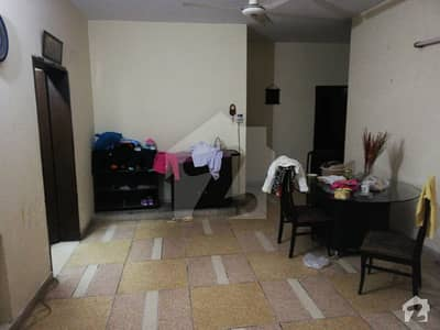 10 Marla House Available For SALE On Hot Location