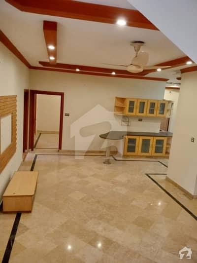 ماڈل ٹاؤن ۔ بلاک کیو ماڈل ٹاؤن لاہور میں 4 کمروں کا 10 مرلہ مکان 2 کروڑ میں برائے فروخت۔