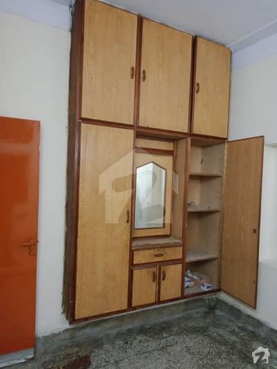 جوہر ٹاؤن فیز 2 جوہر ٹاؤن لاہور میں 3 کمروں کا 3 مرلہ مکان 35 ہزار میں کرایہ پر دستیاب ہے۔