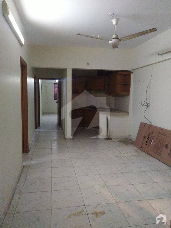 کلفٹن ۔ بلاک 2 کلفٹن کراچی میں 3 کمروں کا 6 مرلہ فلیٹ 60 ہزار میں کرایہ پر دستیاب ہے۔