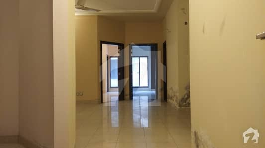 2 Bed Apartment Available For Rent Ideal Location 3rd Floor