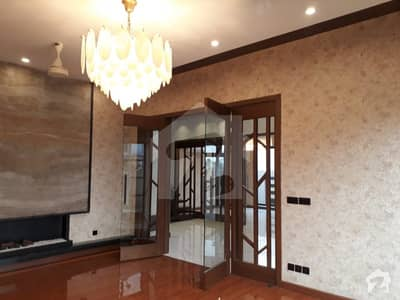 Luxurious Brand New Bungalow For Rent