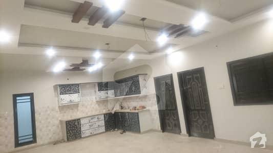 لکھنؤ سوسائٹی کورنگی کراچی میں 6 کمروں کا 6 مرلہ مکان 2.7 کروڑ میں برائے فروخت۔