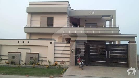 Near Madni Masjid - House For Sale