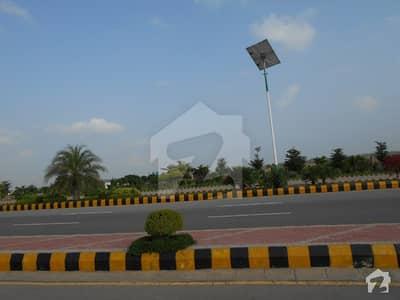 گلبرگ گرینز ۔ بلاک ڈی گلبرگ گرینز گلبرگ اسلام آباد میں 4.8 کنال رہائشی پلاٹ 3 کروڑ میں برائے فروخت۔