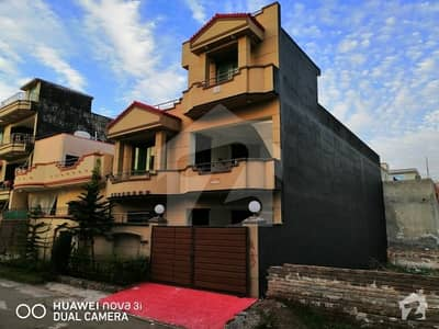 Gas - Electricity & Boring House For Sale Double Story 7.2 - Marla