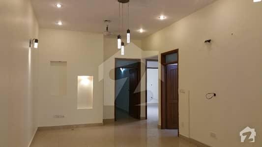 کلفٹن ۔ بلاک 2 کلفٹن کراچی میں 3 کمروں کا 9 مرلہ بالائی پورشن 75 ہزار میں کرایہ پر دستیاب ہے۔