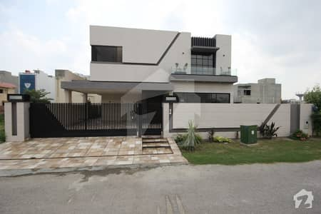 1 Kanal Luxurious Bungalow available for Rent In Dha Phase 5 Block J
