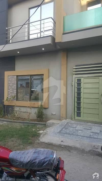 غوث گارڈن - فیز 3 غوث گارڈن لاہور میں 3 کمروں کا 5 مرلہ مکان 22 ہزار میں کرایہ پر دستیاب ہے۔