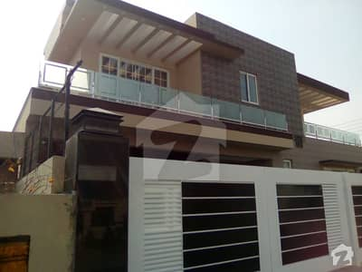 23 Marla Beautiful Brand New Corner House Available For Rent