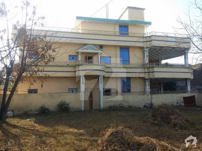 الہ آباد روڈ راولپنڈی میں 6 کمروں کا 16 مرلہ مکان 4 کروڑ میں برائے فروخت۔