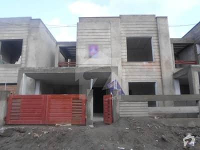 ڈی ایچ اے ولاز ڈی ایچ اے ڈیفینس ملتان میں 4 کمروں کا 9 مرلہ مکان 1.65 کروڑ میں برائے فروخت۔