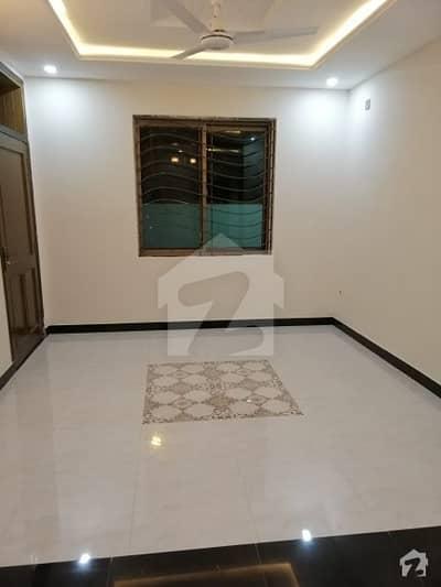 جی ۔ 9 اسلام آباد میں 4 کمروں کا 7 مرلہ مکان 3.25 کروڑ میں برائے فروخت۔